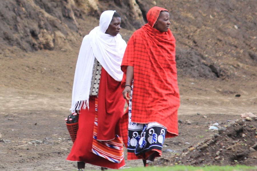 2 Maasai men on walk-about.